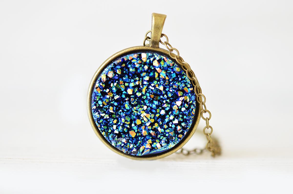 Pandantiv druzy Stardust (bronz) poza 2021