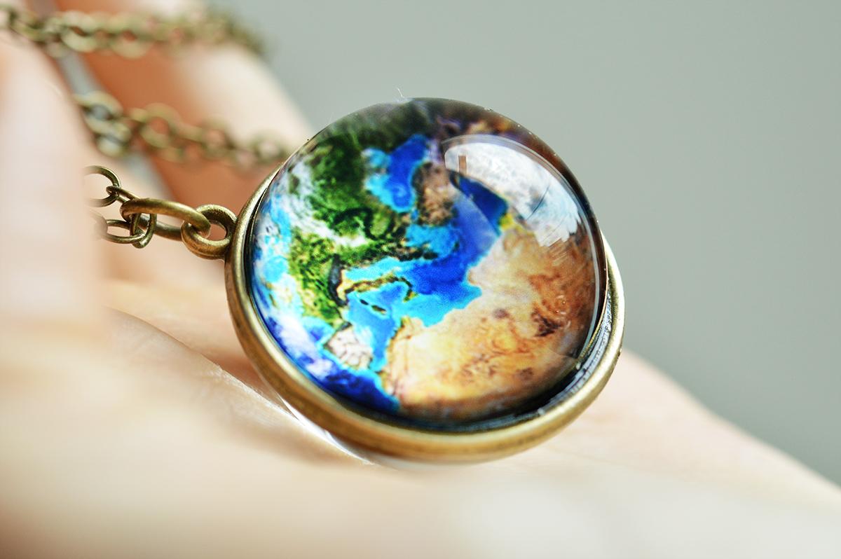 Pandantiv Planet Earth (bronz) poza 2021